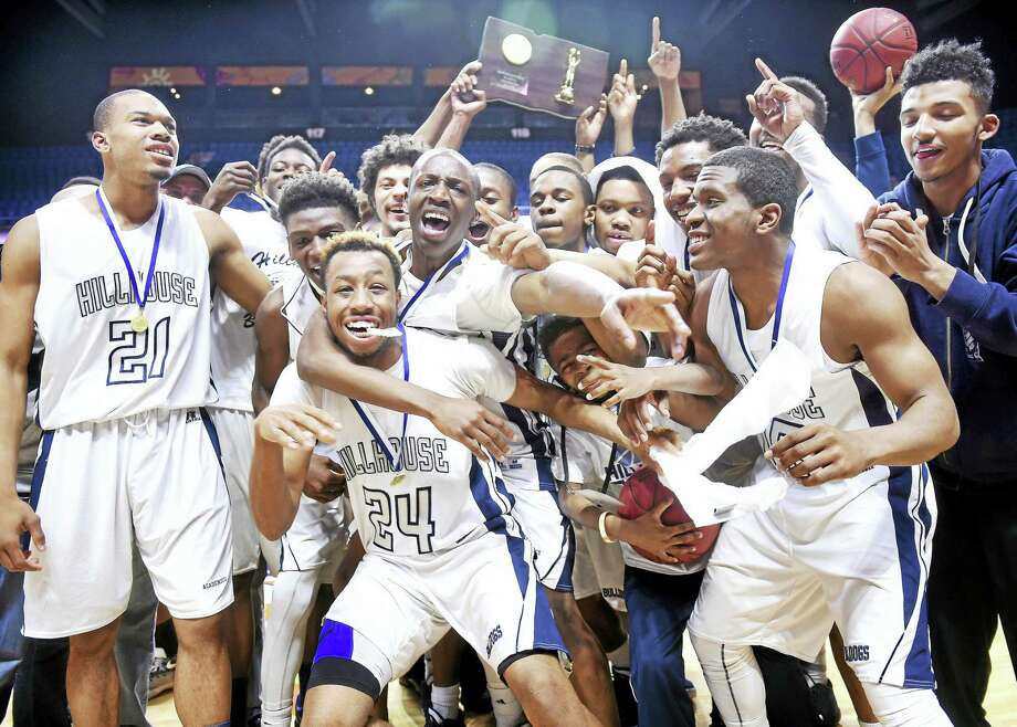 Hillhouse celebrates their double overtime win Sunday over Weaver in the Class LL Championship at the Mohegan Sun Arena. Photo: Arnold Gold — New Haven Register