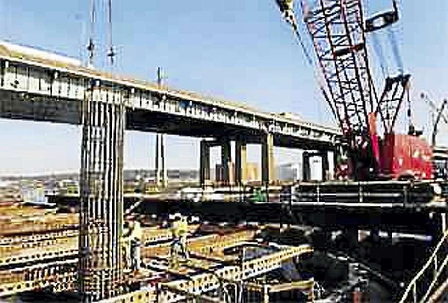 Construction began on the new Pearl Harbor Memorial Bridge in 2009. Photo: MELANIE STENGEL — REGISTER FILE PHOTO