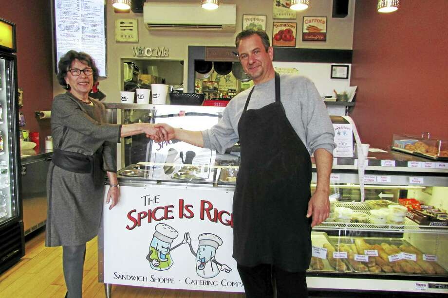 Woodbridge First Selectman Ellen Scalettar, left, and The Spice is Right owner Ken Maratea. Photo: CONTRIBUTED PHOTO
