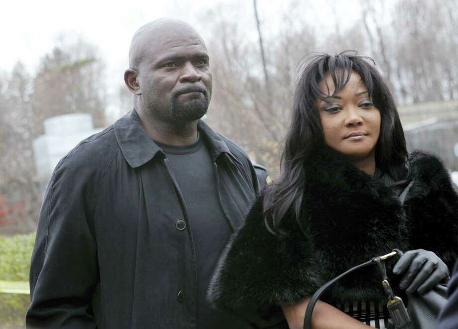 Former New York Giants football star Lawrence Taylor and his wife, Lynette Taylor. Photo: The Associated Press File Photo   / AP