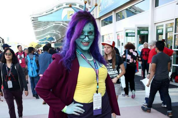 SAN DIEGO, CA - JULY 20:  Cosplayer during 2017 Comic-Con International on July 20, 2017 in San Diego, California.  (Photo by Tommaso Boddi/Getty Images)