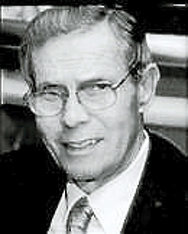 Former UNH President Phillip S. Kaplan