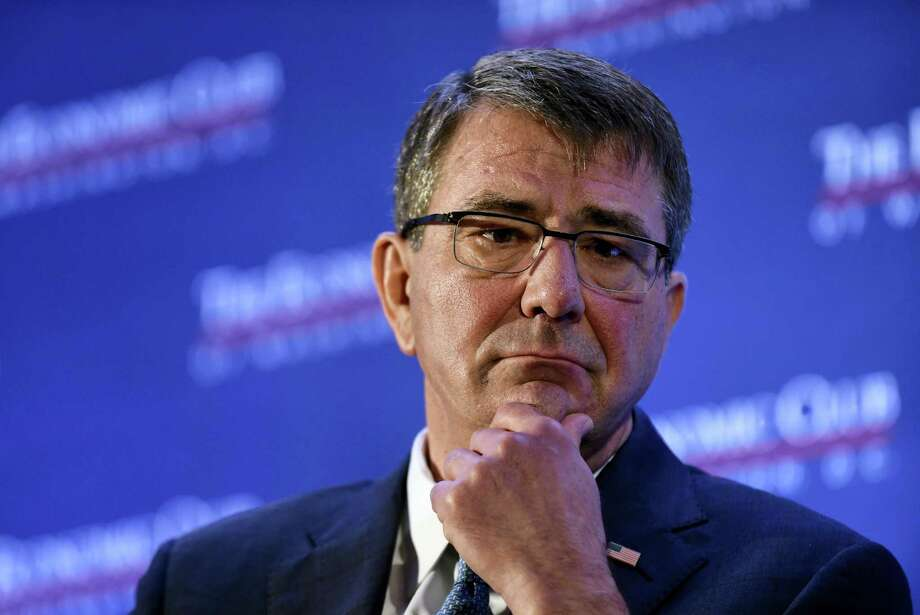 Defense Secretary Ash Carter pauses while speaking about the upcoming Defense Department's budget, Tuesday, Feb. 2, 2016, during a speech at the Economic Club of Washington in Washington. Photo: AP Photo/Susan Walsh    / AP