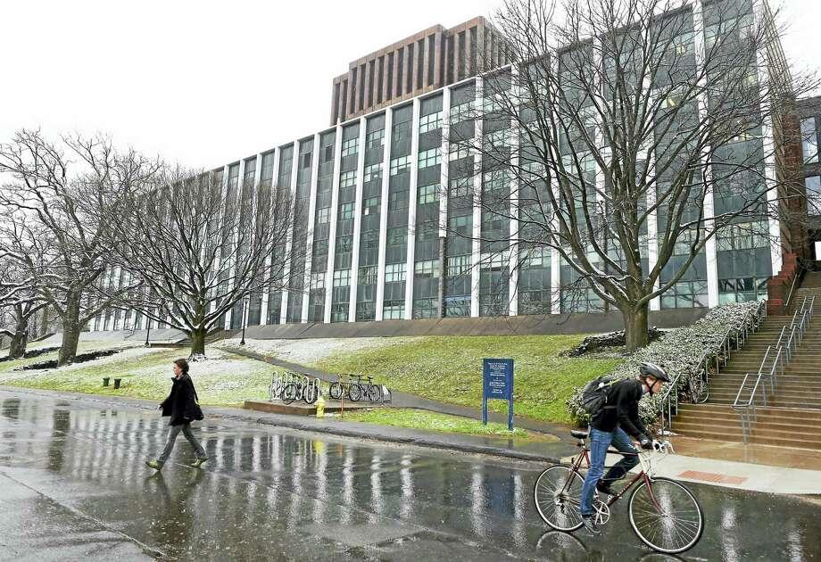 The J.W. Gibbs Laboratory on Science Hill at Yale University. Photo: Peter Hvizdak — New Haven Register   / ©2016 Peter Hvizdak