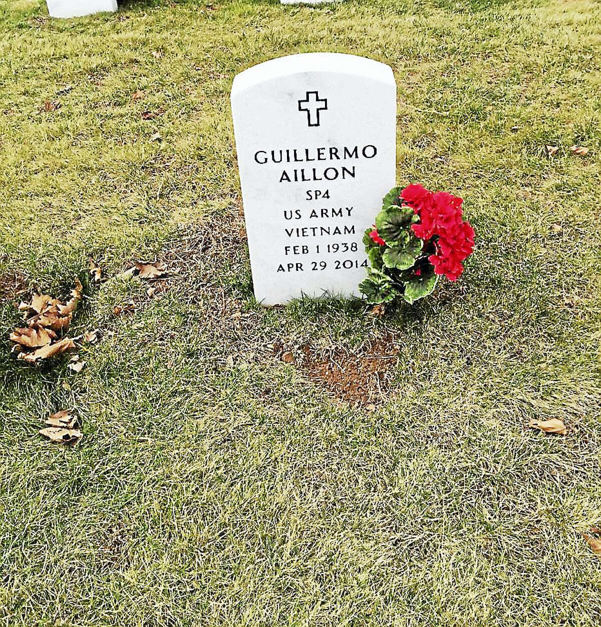 The gravestone of Guillermo Aillon at the State Veterans Cemetery in Middletown last week. It has since been removed.