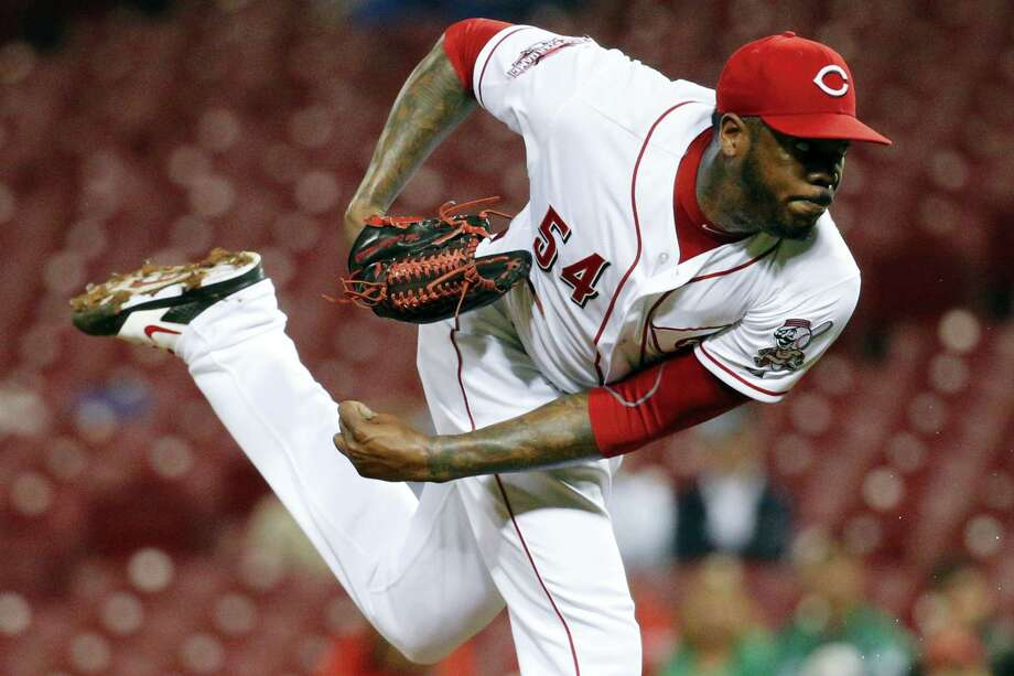Yankees manager Joe Girardi says newly-acquired left-hander Aroldis Chapman will enter spring training as the team's closer. Photo: The Associated Press File Photo   / AP