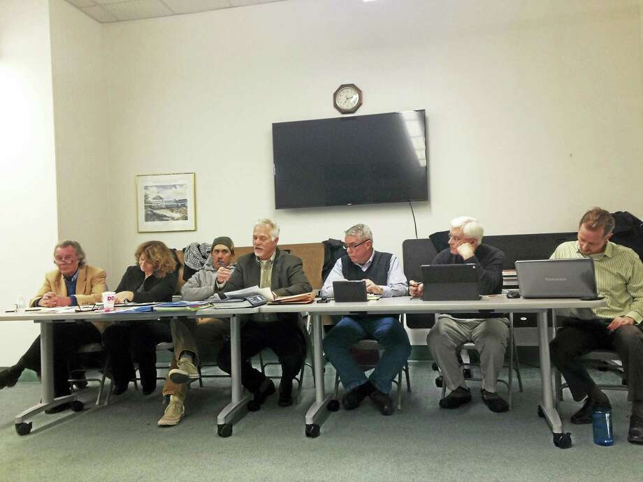 Branford RTM Rules and Ordinance Committee meets. From left, James Walker, Tricia Anderson, Joshua Brooks, Robin Sandler, John Leonard, Peter Hentschel, Chris Sullivan. Photo: JULIEMAR ORTIZ — NEW HAVEN REGISTER FILE PHOTO