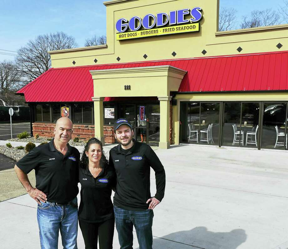 From left, Peter and Eleni Filipidis and their son, Yianni Filipidis, co-owners of Goodies restaurant in Orange. Photo: Peter Hvizdak — New Haven Register   / ©2016 Peter Hvizdak