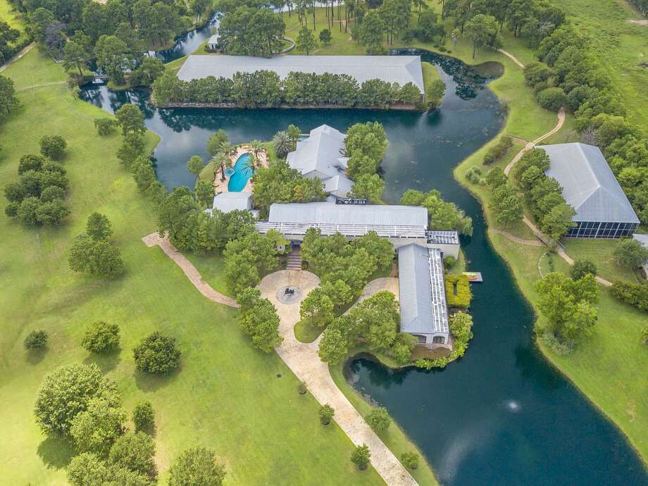 An aerial view of 19051 Hufsmith Kohrville Road in Tomball. The property is for sale for $13.75 million.View the full listing on HAR. Photo: Francisco Lujan/Drone Media/www.mydronemedia.com