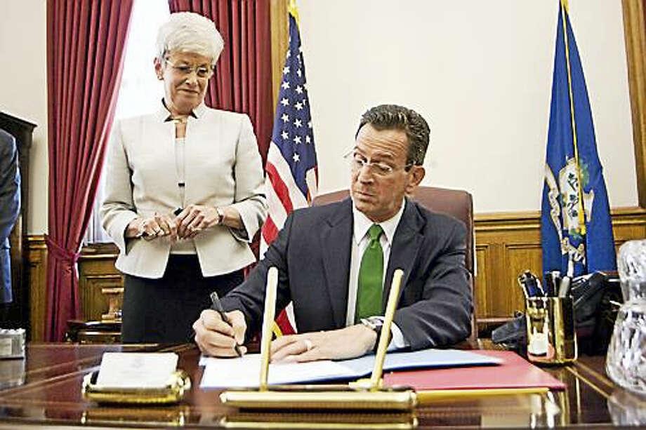 Gov. Dannel P. Malloy and Lt. Gov. Nancy Wyman in 2011 Photo: Josalee Thrift File Photo Via CTNJ