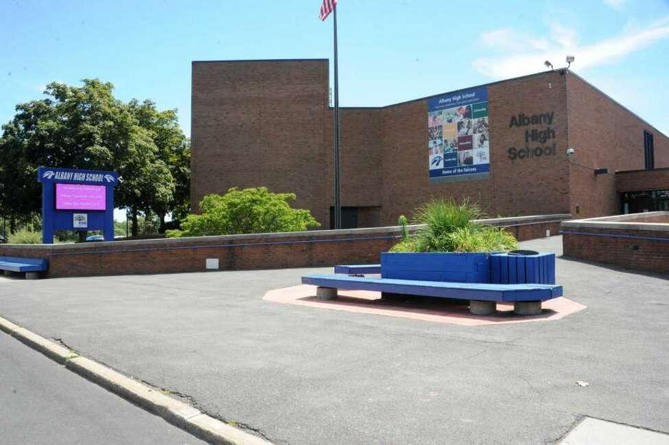 17: Albany High School.