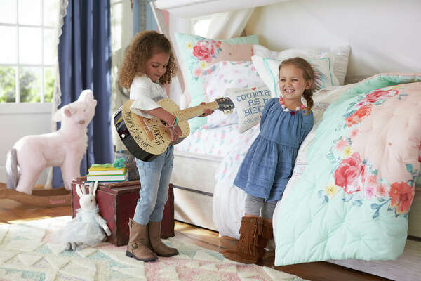 Junk Gypsy sisters Aimie and Jolie Sikes have created a new bedding collection for our youngest free spirits with Pottery Barn Kids.