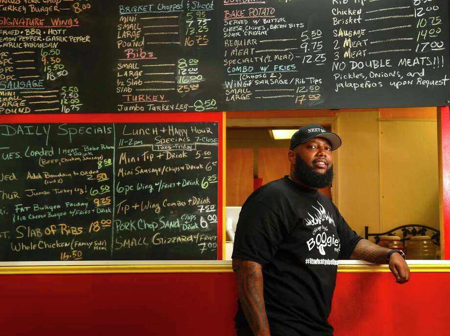 Lamonte Waits, owner of Boogie's BBQ in Missouri City, is a new member of the Greater Houston Black Chamber. Photo: Karen Warren, Staff Photographer / 2017 Houston Chronicle