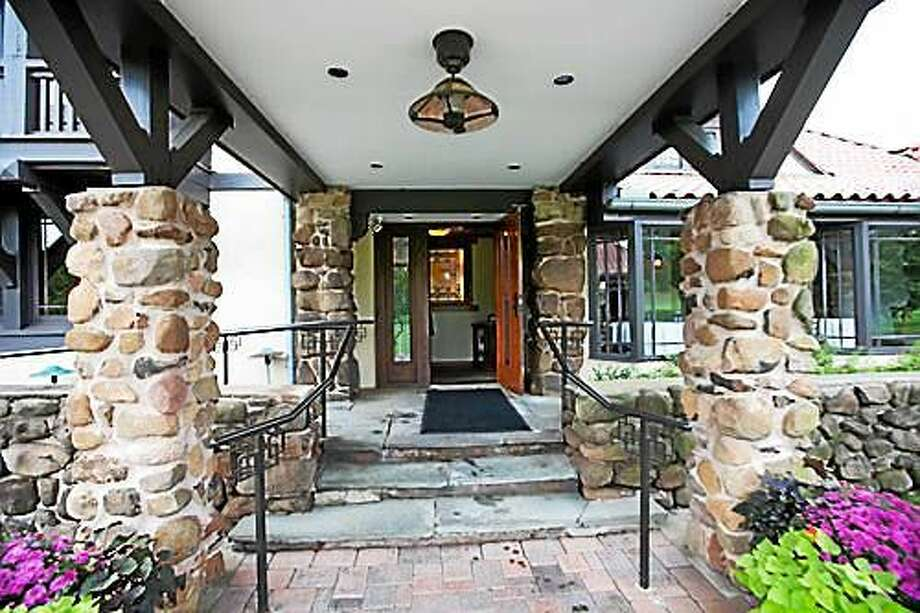 The entryway to New Haven Country Club in Hamden. Photo: NHCC Photo