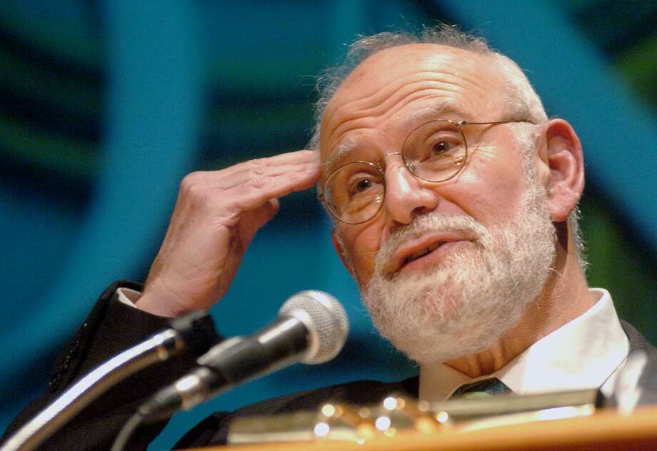 In this Oct. 26, 2005 photo, Dr. Oliver Sacks speaks about Alzheimer's disease to an audience at Fairfield University in Fairfield, Conn. Sacks, a neurologist and writer, died Sunday, Aug. 30, 2015. Photo: Johnathon Henninger/Connecticut Post Via AP, File   / Connecticut Post