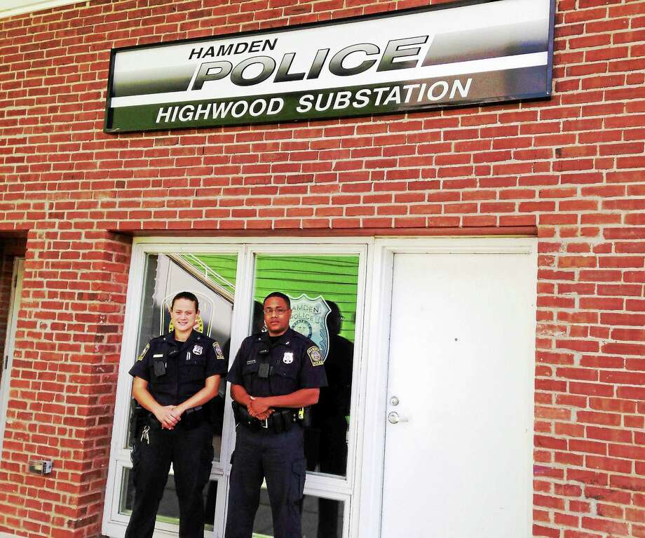 Officers Christina Giori and Chris Sheppard have been stationed at the Highwood substation in Hamden for the summer. Photo: Kate Ramunni — New Haven Register