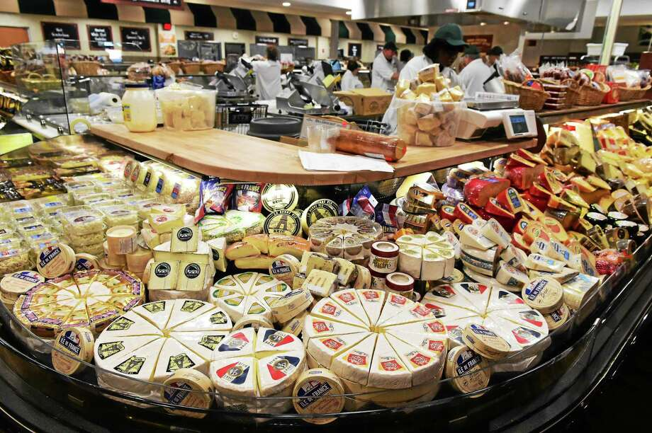 The deli area at the Fresh Market in Guilford. Photo: Peter Hvizdak — New Haven Register