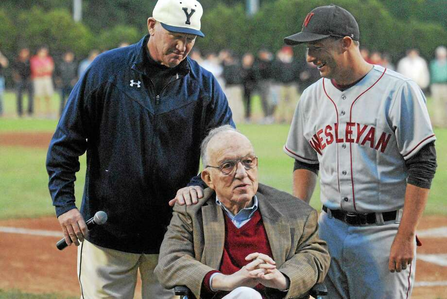 Fay Vincent with Yale coach John Super and Wesleyan coach Mark Woodworth. Photo: Journal Register Co.