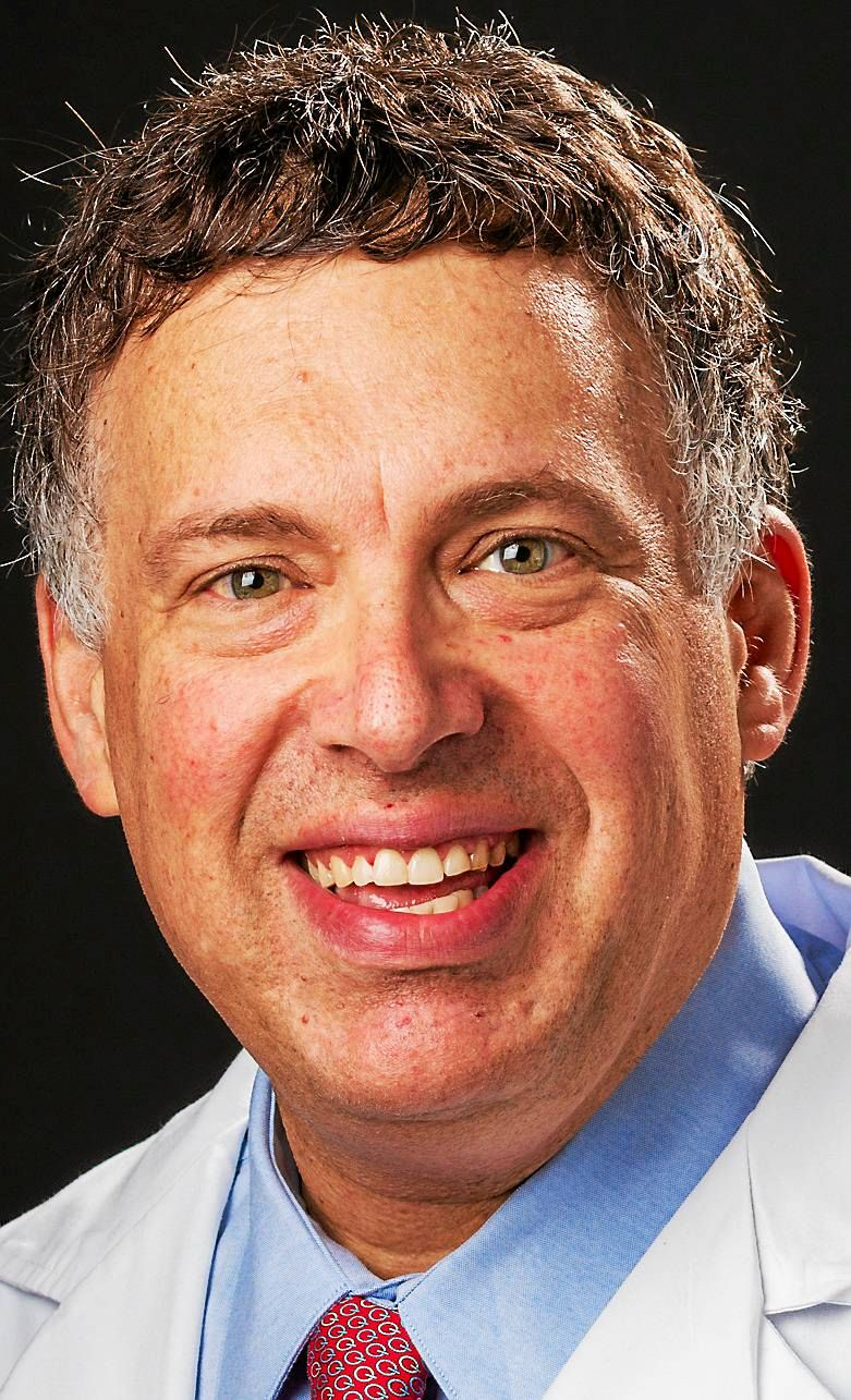 Yale Smilow team gets $11M grant for lung cancer research