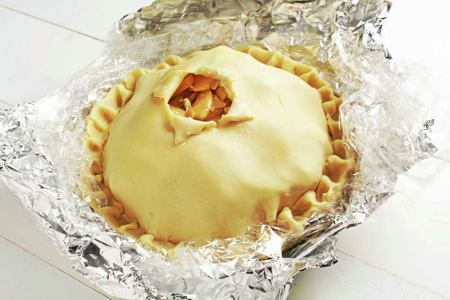 Zesty Apple Pie Photo: Deb Lindsey - For The Washington Post   / Deb Lindsey For The Washington Post