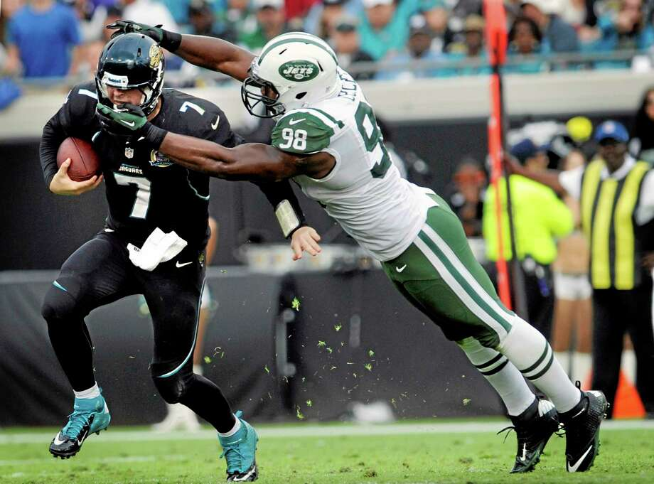 The New York Jets waived defensive end Quinton Coples on Monday. Photo: Stephen Morton — The Associated Press File Photo   / FR56856 AP