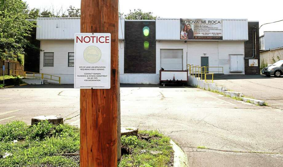 Iglesia Jehova Mi Roca church at 182 Welton St. in Hamden Friday, July 17, 2015. The church is going in front of the Hamden Planning and Zoning Commission because of noise complaints from the neighbors. Photo: (Peter Hvizdak - New Haven Register)   / ©2015 Peter Hvizdak