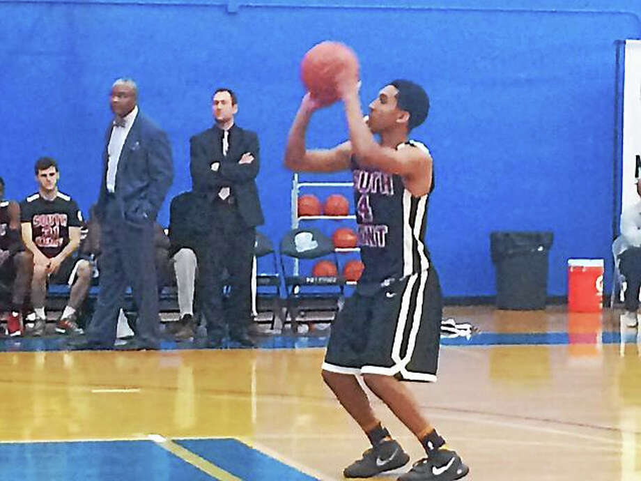 New Haven's Tremont Waters had 25 points, eight rebounds and four assists in South Kent Prep's 86-79 loss to Virginia's Hargrave Military Academy on Friday at the National Prep Showcase at Albertus Magnus. Photo: David Borges — Register
