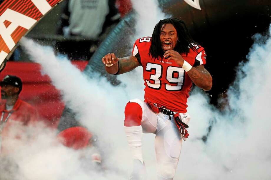 Running back Steven Jackson tweeted on Monday that he is joining the New England Patriots. Photo: The Associated Press File Photo   / AP