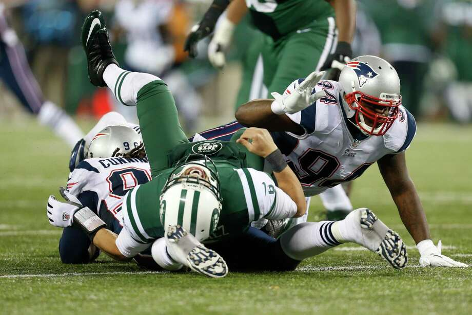 """The New England Patriots' official Twitter account sent out — and then deleted — a picture of the New York Jets' infamous """"butt fumble"""" as the AFC East rivals approach Sunday's game. Photo: Julio Cortez — The Associated Press File Photo   / AP"""