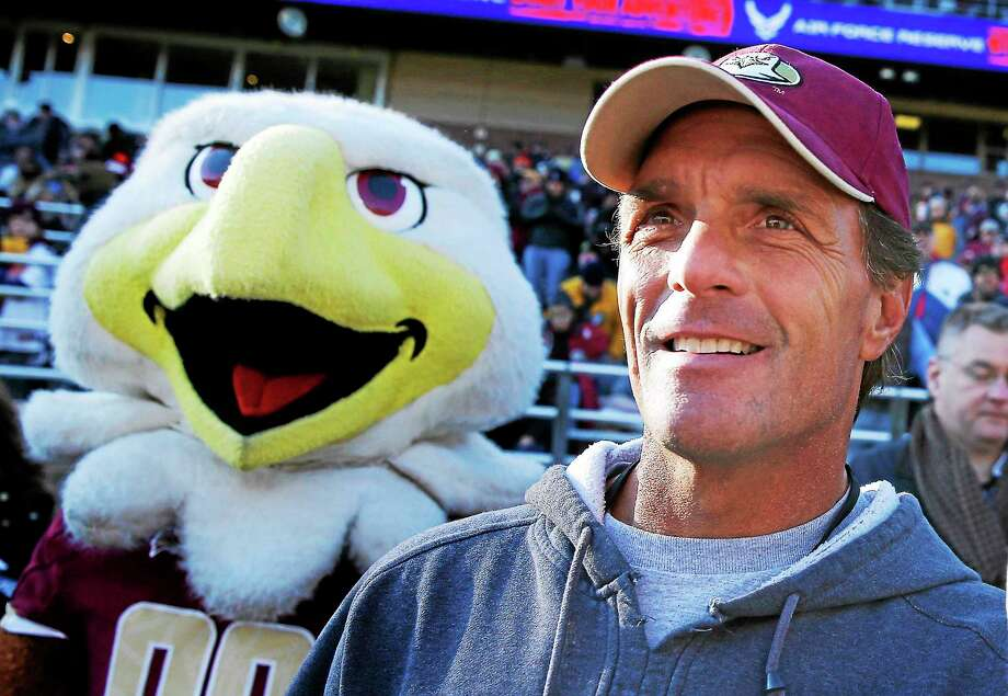 Doug Flutie's parents died within an hour of each other on Wednesday. Photo: Michael Dwyer — The Associated Press File Photo   / AP