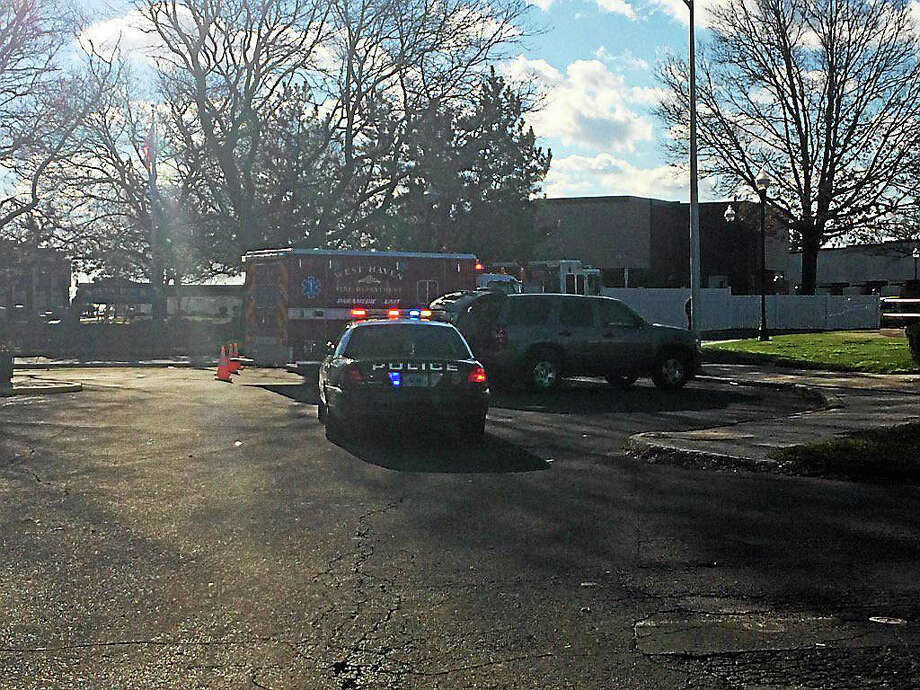Scene of small fire at West Walk apartments Photo: Wes Duplantier — New Haven Register