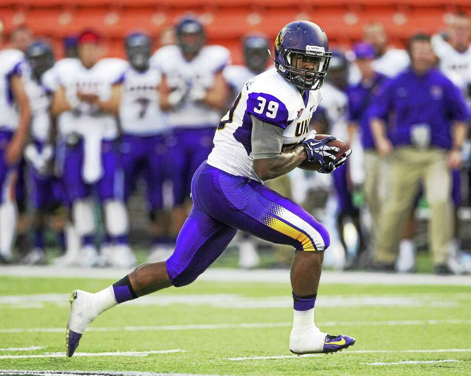Former Northern Iowa tight end Billy Williams has transferred to UConn. Photo: Marco Garcia — The Associated Press File Photo   / FR132415 AP