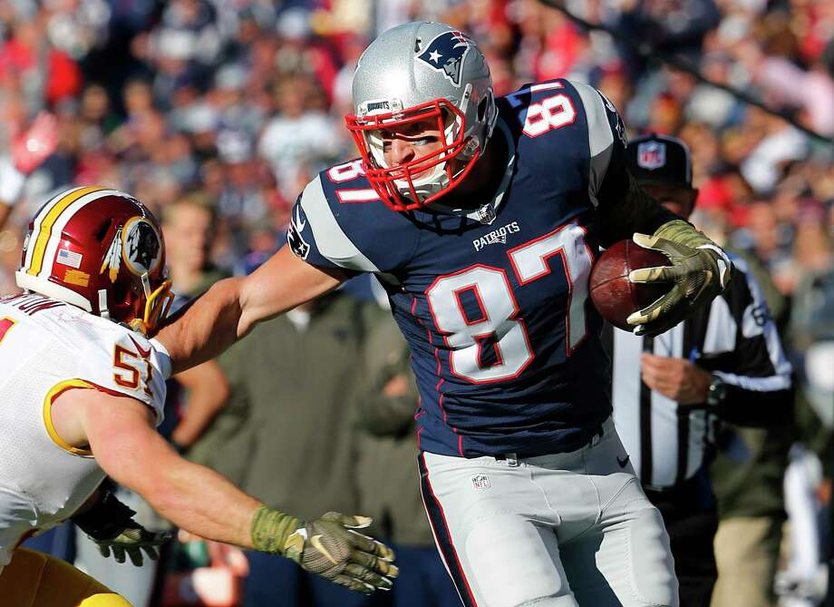 New England Patriots tight end Rob Gronkowski will be the key to a big victory over the Giants on Sunday, according to the Register's Dan Nowak. Photo: Winslow Townson — The Associated Press   / Panini