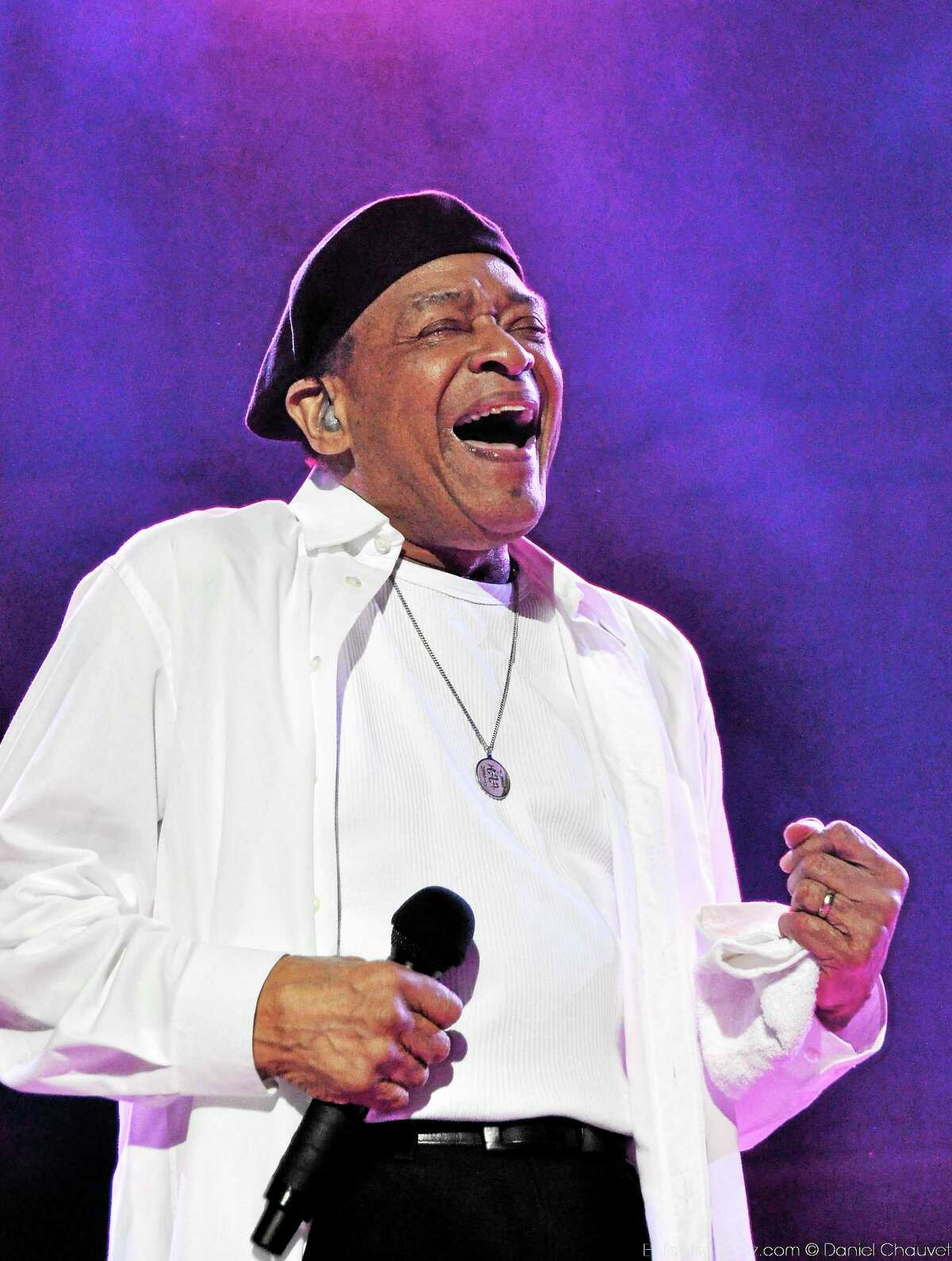 Al Jarreau hits a high note.