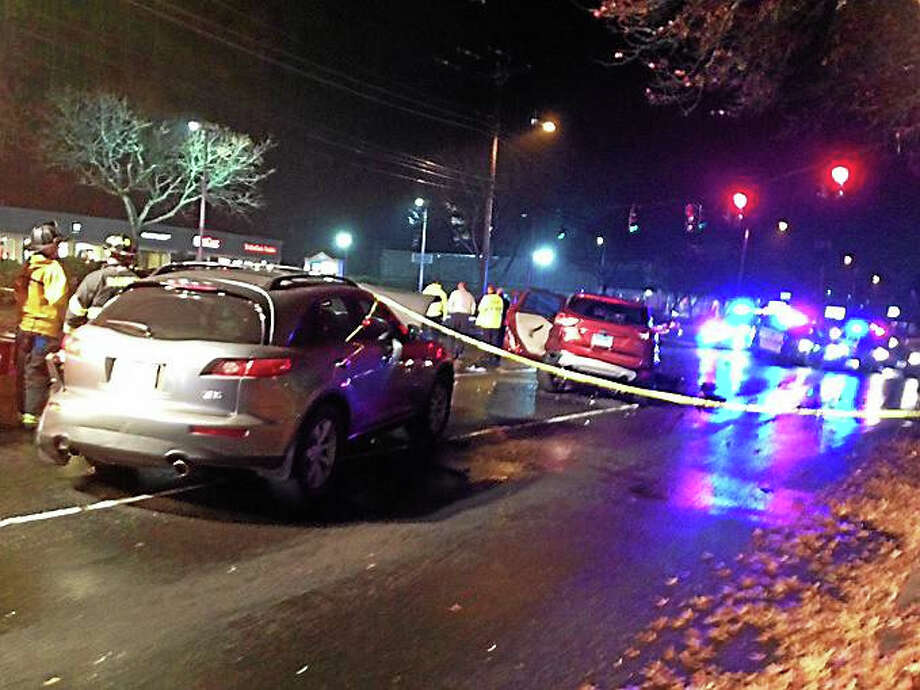 A multi-vehicle crash shut down part of Dixwell Avenue in Hamden late Wednesday. Photo: Brian Zahn — New Haven Register