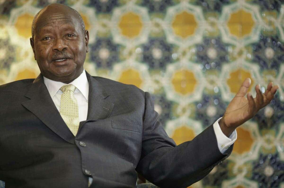 Ugandan President Yoweri Museveni speaks to reporters at the Akasaka Palace state guesthouse in Tokyo on Sept. 12.