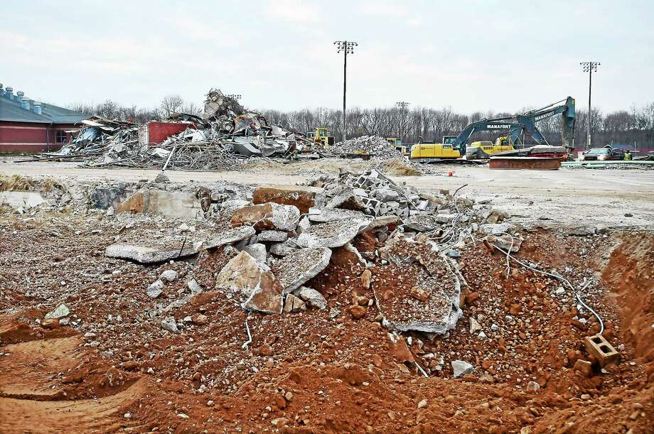 The demolition of the old Guilford High School on New England Road has been completed. Photo: (Catherine Avalone/New Haven Register) / New Haven RegisterThe Middletown Press