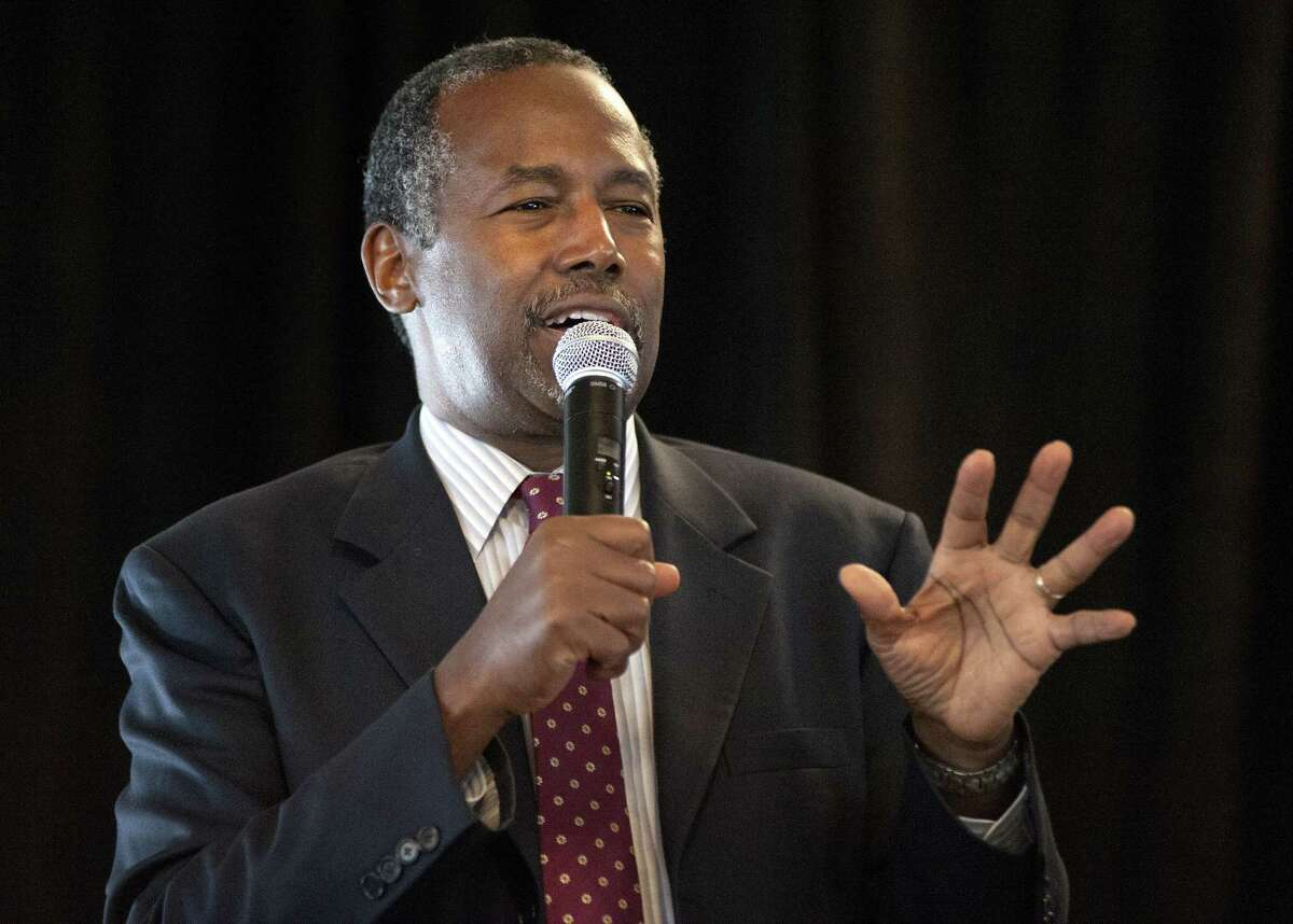 Republican presidential candidate Ben Carson speaks during the Eagle Council XLIV, sponsored by the Eagle Forum, at the Marriott St. Louis Airport in St. Louis on Sept. 11, 2015.