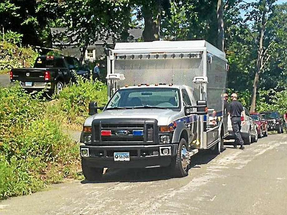 Shelton police are investigating what they say is an untimely death on Howe Avenue. Photo: Photo Courtesy Of WTNH