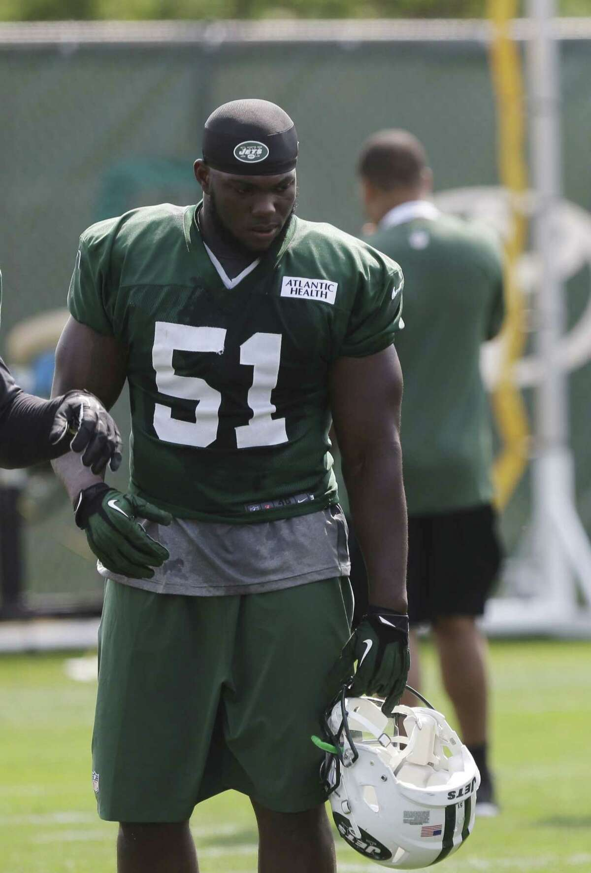 Former New York Jets linebacker Ikemefuna Enemkpali passed his physical with the Buffalo Bills on Thursday.