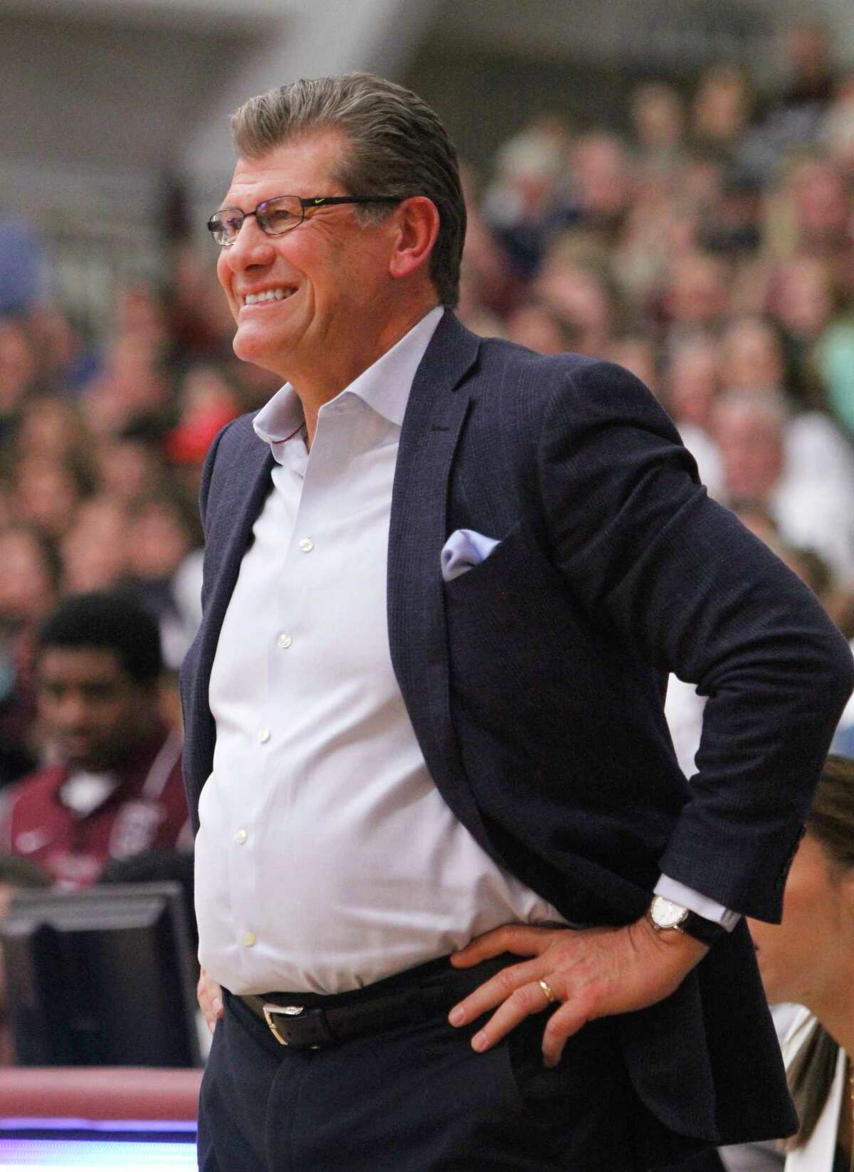 Connecticut head coach Geno Auriemma watches his players in the third quarter of an NCAA college basketball game against Colgate in Hamilton, N.Y., Wednesday, Dec. 9, 2015. Connecticut won 94-50. (AP Photo/Nick Lisi)