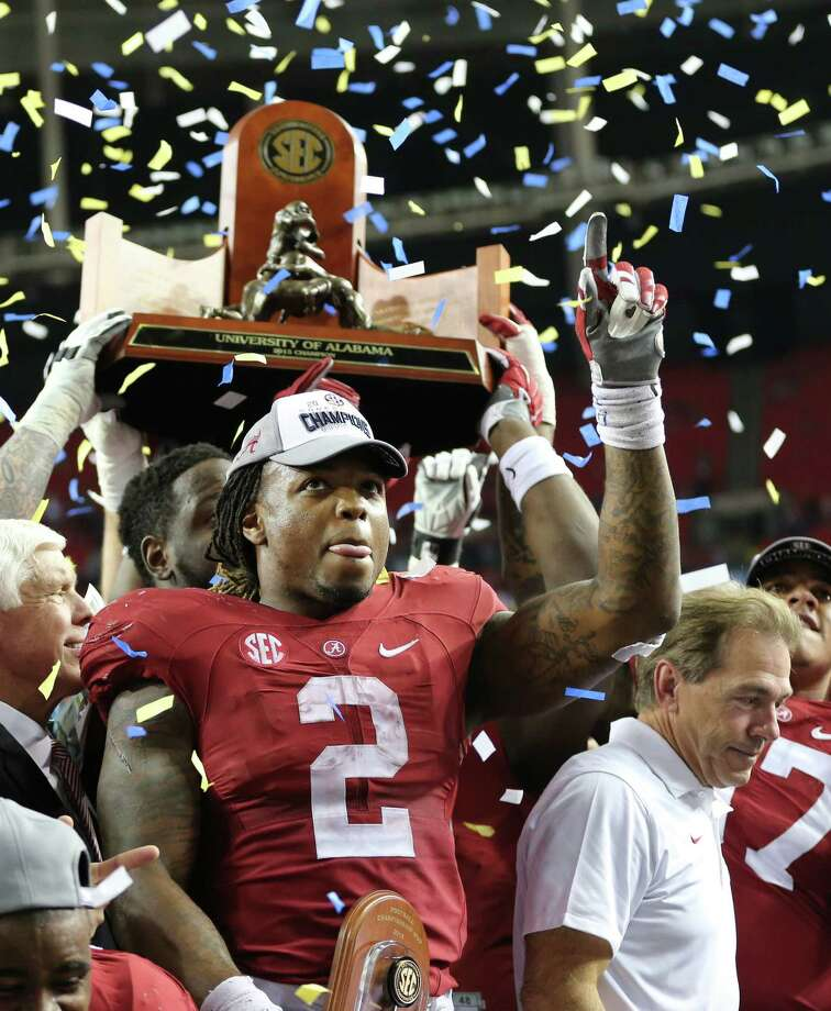 Alabama running back Derrick Henry is the Walter Camp Player of the Year. Photo: John Bazemore — The Associated Press   / AP