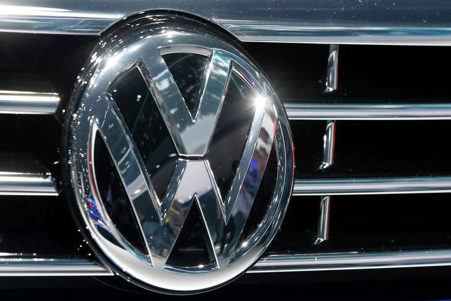 In this Sept. 22, 2015 photo, the Volkswagen logo of a car is photographed during a car show in Frankfurt, Germany. Photo: AP Photo/Michael Probst, File   / AP