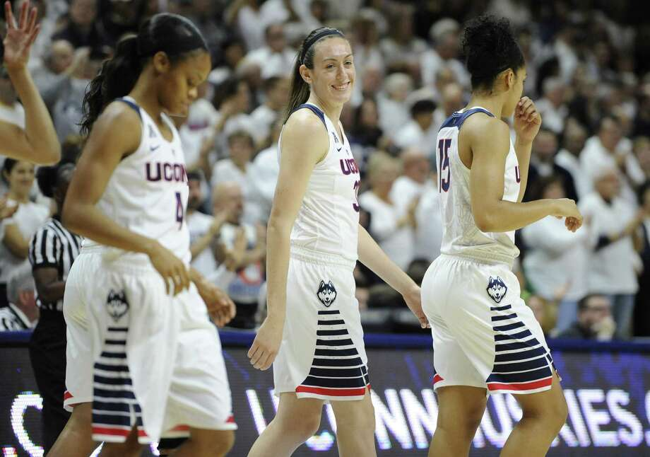 UConn's Breanna Stewart, center, will have her 'homecoming' game Wednesday night at Colgate instead of Syracuse. Photo: Jessica Hill — The Associated Press   / FR125654 AP