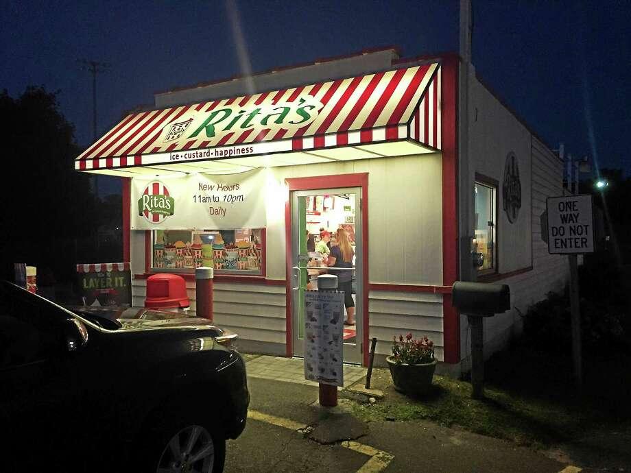 Rita's on Boston Post Road in Milford Photo: Esteban Hernandez - New Haven Register