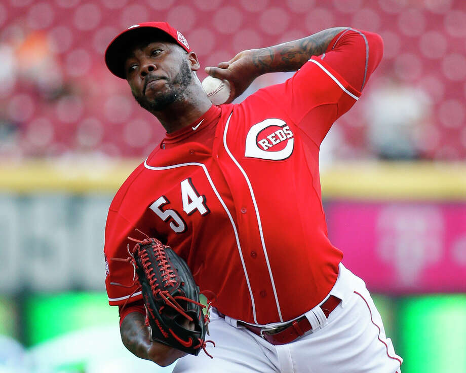 A person familiar with the deal says the Reds have agreed to trade hard-throwing reliever Aroldis Chapman to the Los Angeles Dodgers, pending approval of medical records. Photo: The Associated Press File Photo   / AP