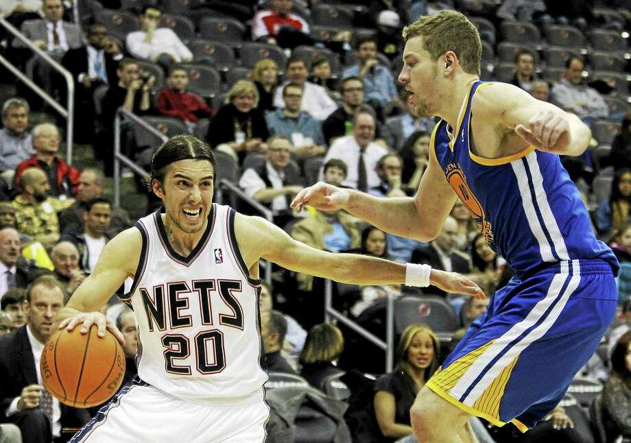 The New York Knicks signed Sasha Vujacic (20). Photo: Julio Cortez — The Associated Press File Photo   / AP2011