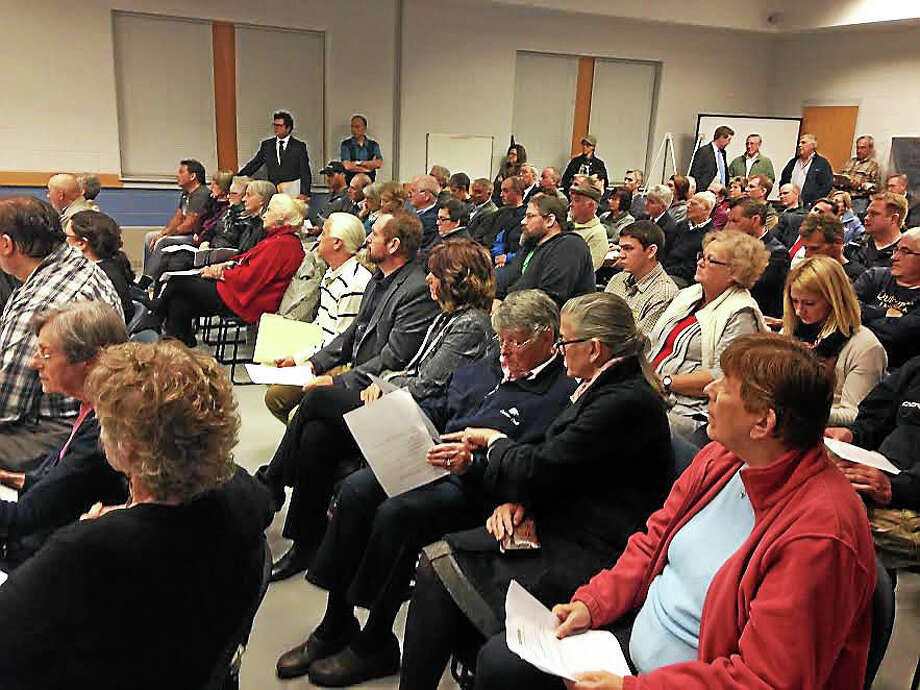 Residents turned out in Guilford Wednesday for a public hearing on the future of the Stone House Restaurant. Photo: Juliemar Ortiz — New Haven Register
