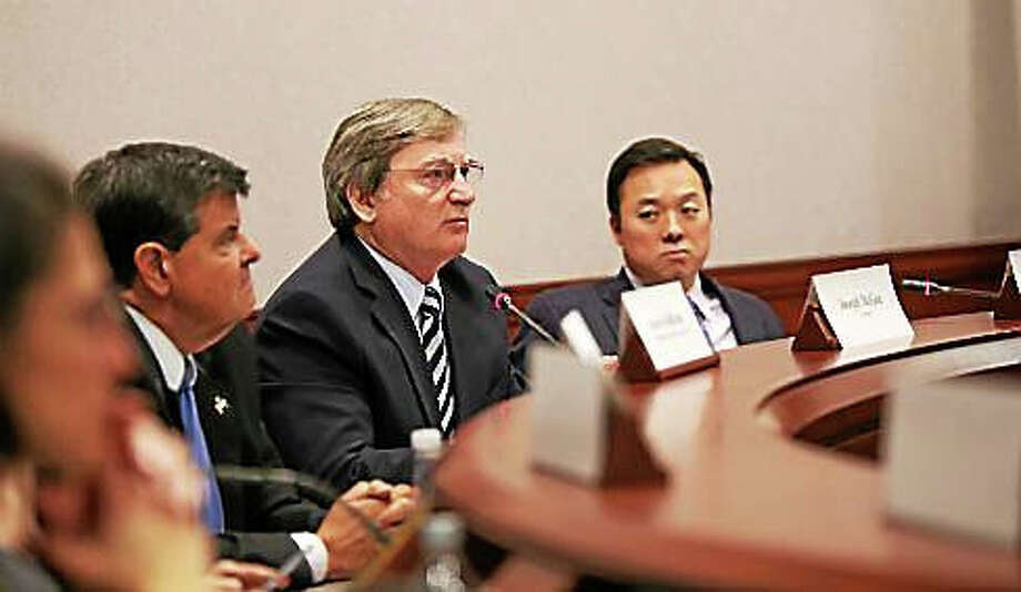 Joe McGee, president of the Fairfield County Business Council, and Rep. William Tong, co-chair the Commission on Economic Competitiveness. Photo: CT News Junkie File Photo