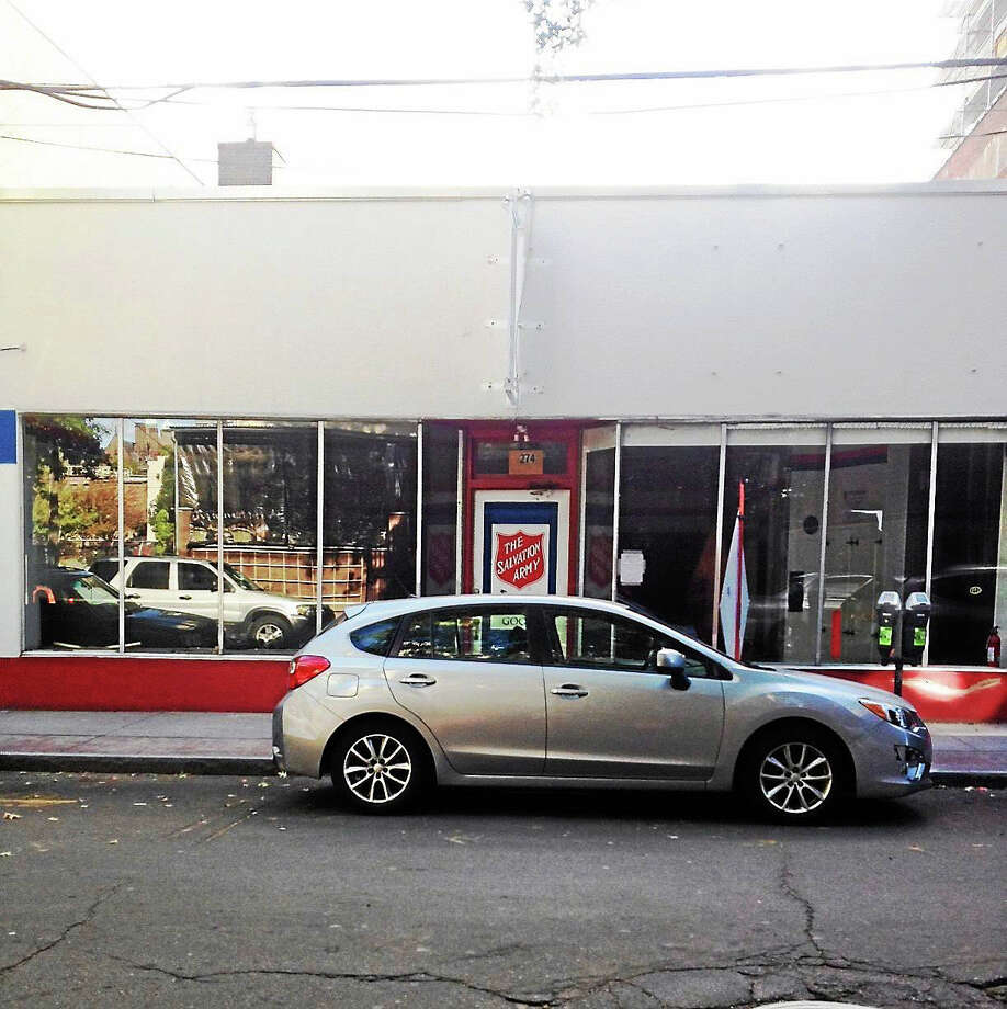 Metro Star will demolish the existing 2-story building at 274 Crown St. Photo: Mary O'Leary — New Haven Register